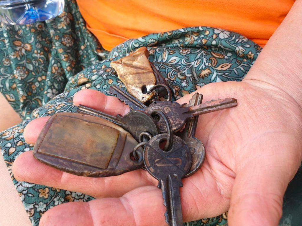 Mirijeva mama s ključi takoj po požaru