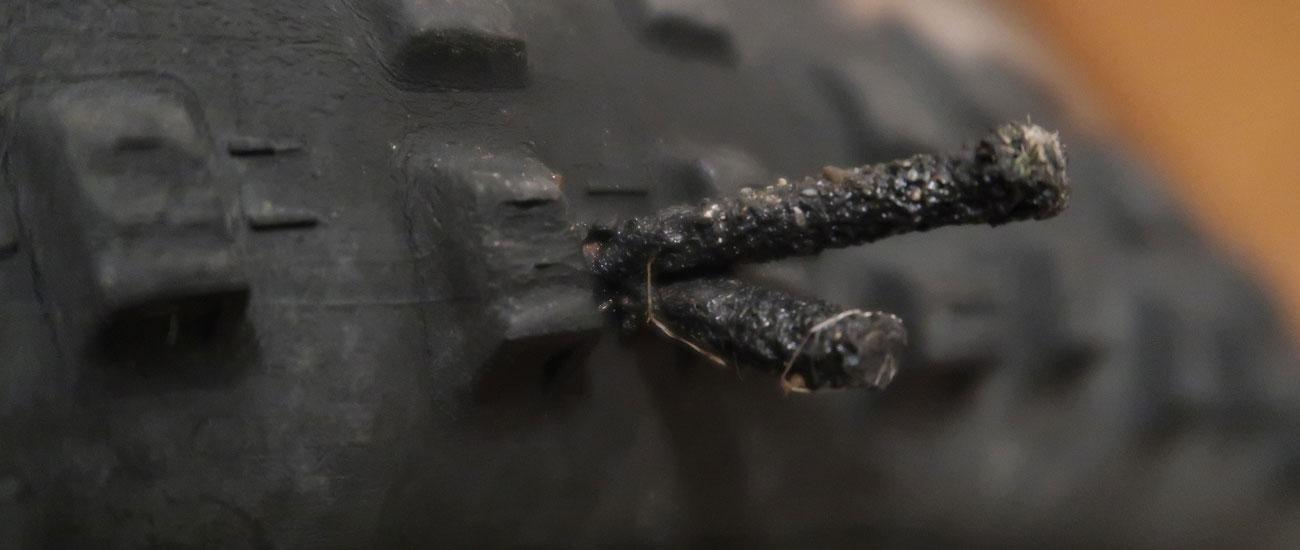 Tehnologija tubeless in pnevmatika s črvom