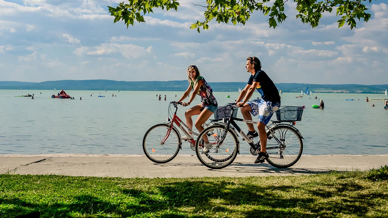 Blatno jezero, kolesarjenje
